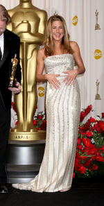 Oscars 2009 Jennifer Aniston-thumb-328x650-79298